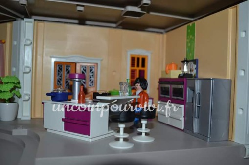 j ai test la marque playmobil un coin pour vivi. Black Bedroom Furniture Sets. Home Design Ideas